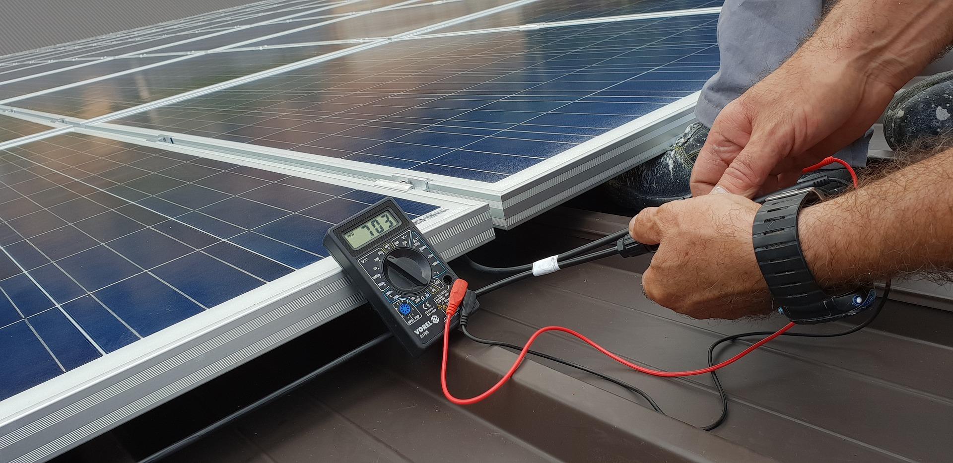 Onderhoud zonnepanelen pv systeem