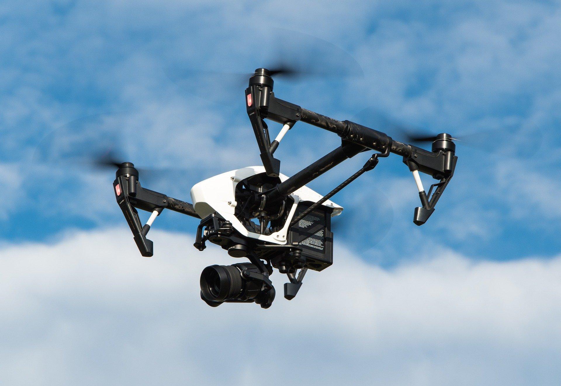 Drone inspectie zonnepanelen pv systeem solar