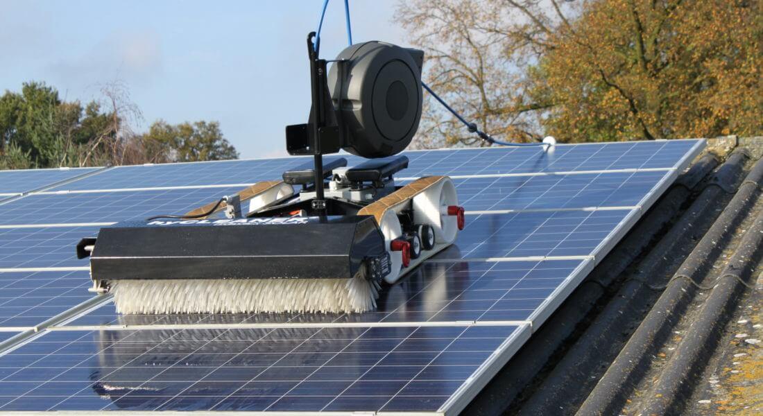 reinigen zonnepanelen zonnepark pv care